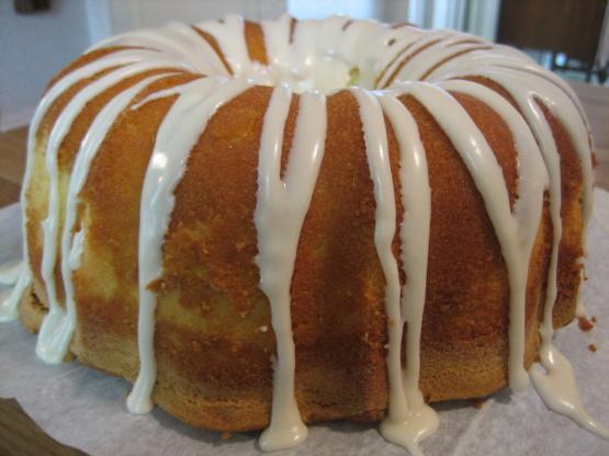 Elvis Presley's Favorite Whipping Cream Pound Cake