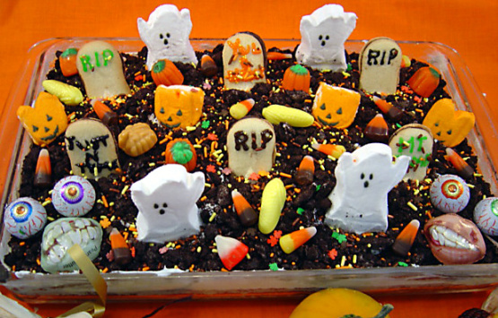 Spooktacular Halloween Graveyard Cake Recipe Genius Kitchen