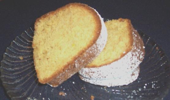 sherry bundt cake irish cream bundt cake the cake finished baking ...