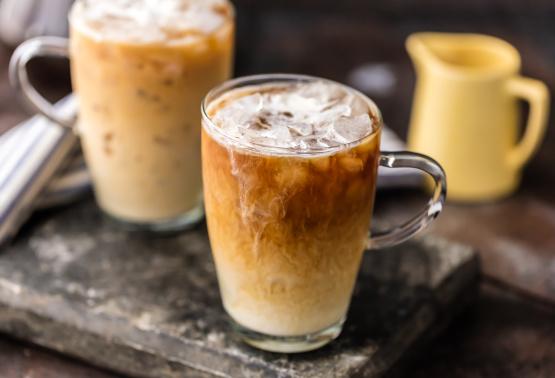 Lcr2Z6vdRuWwMcU16wmV_thai-iced-coffee%20(4%20of%204).jpg