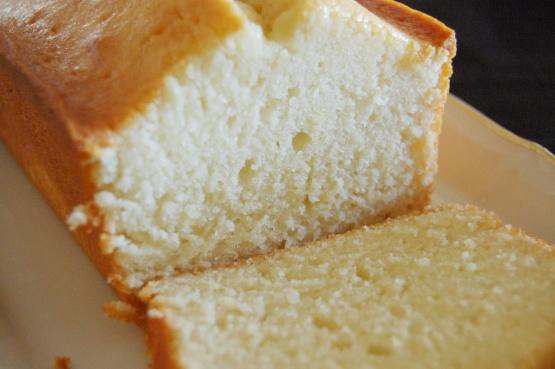 Easy Homemade Pound Cake Recipe
