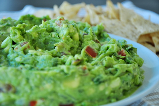Guacamole recipe recipesbnb garlicky holy guacamole recipe rachael ray food network guacamolereal authentic mexican guac recipefood forumfinder Image collections