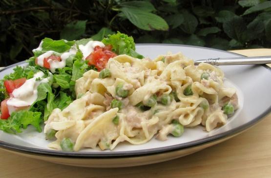 simple tuna noodle casserole recipe - genius kitchen