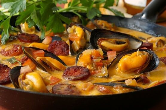 ... with tomato chorizo spicy mussels in tomato mussel and chorizo soup
