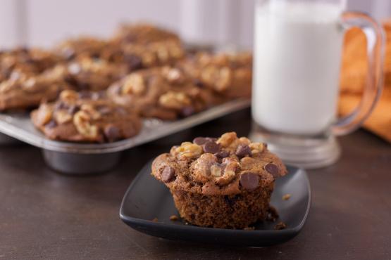 Coffee Walnut Chocolate Chip Muffins Recipe - Genius Kitchen