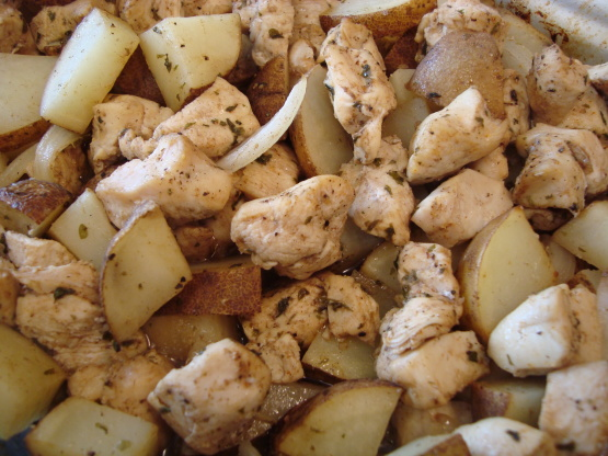 chicken with potatoes potatoes saute in garlic and chicken and potato ...