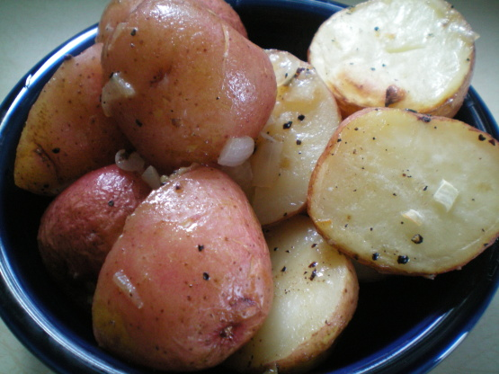 Roasted new potatoes with red onions recipe genius kitchen - New potatoes recipes treat ...