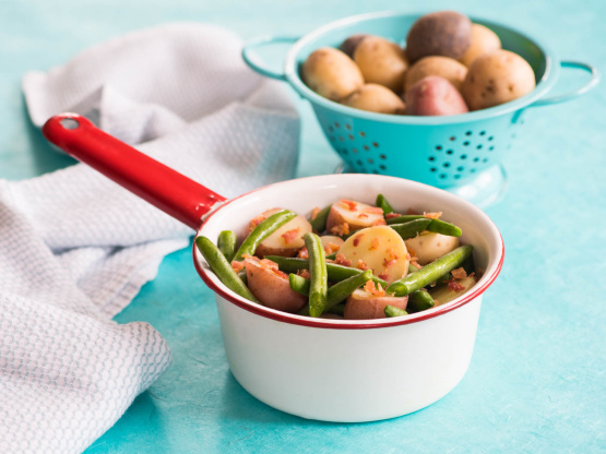 how to cook fresh green beans with bacon and potatoes