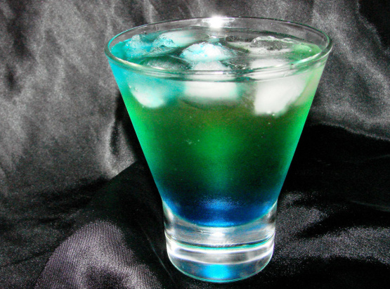 Alien Urine Sample Halloween Cocktail) Recipe - Food.com