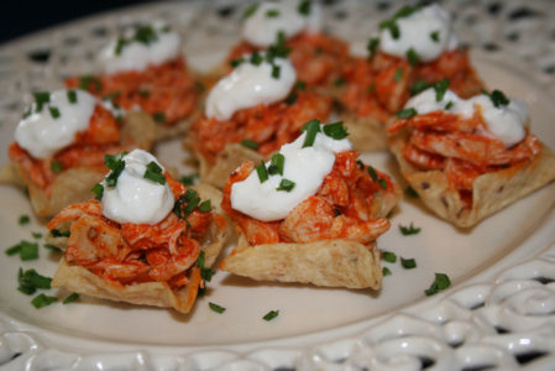 buffalo chicken filled tortilla cups recipe