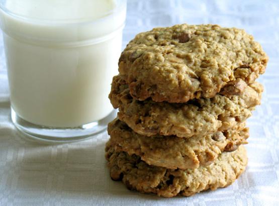 Oatmeal Peanut Butter Chocolate Chip Cookies Recipe - Food.com