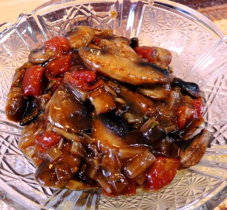 Nice image showing jaeger schnitzel mushroom