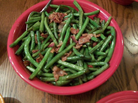 Thanksgiving green beans recipe genius kitchen for Easy thanksgiving green bean recipes