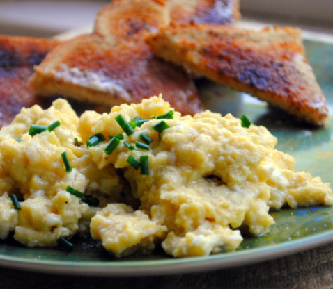 Sublime Scrambled Eggs By Gordon Ramsay Recipe - Genius Kitchen