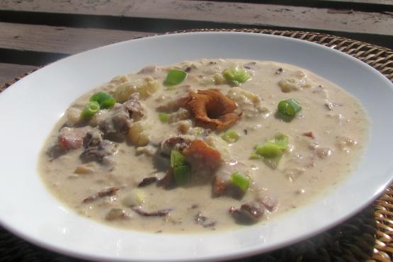Dungeness And Mushroom Chowder Recipe - Genius Kitchen