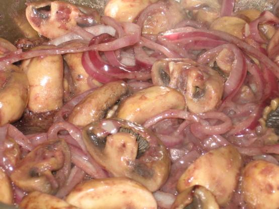 Burgundy Mushrooms Recipe - Food.com