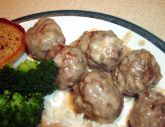 Meatballs In Creamy Mushroom Sauce RecipeFood.com
