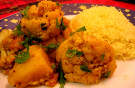 Aloo Gobhi (Potato and Cauliflower) Recipe