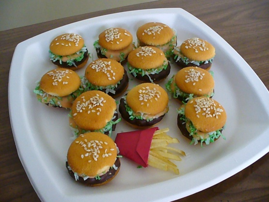 Vanilla wafer hamburger cookies recipe