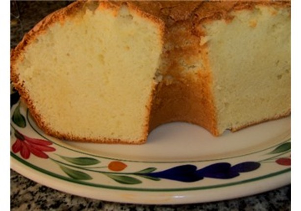 Strawberry Sour Cream Pound Cake Recipe