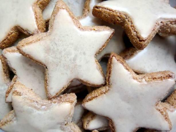 Cinnamon Stars Zimtsterne) German Christmas Cookies Recipe ...
