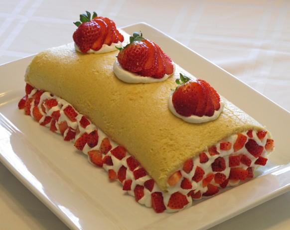 Strawberry Kiwi Roll Cake