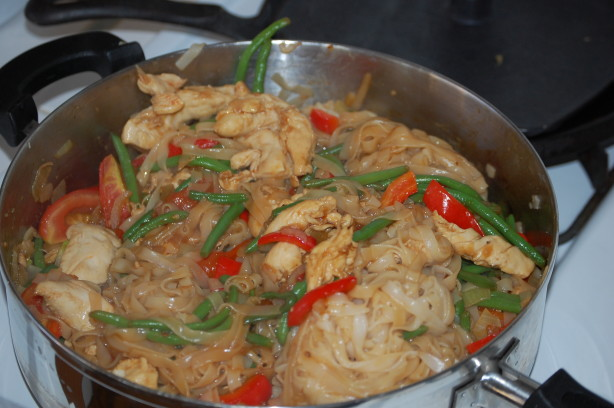 Thai Drunken Noodles Recipe - Food.com