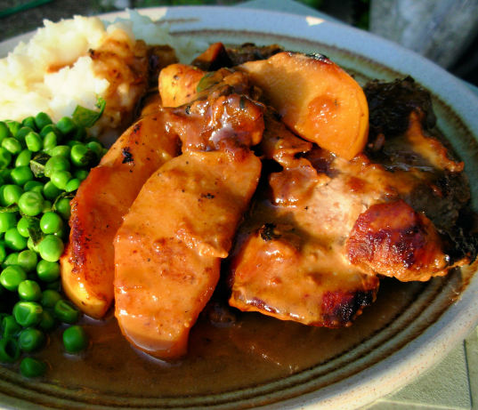 Pan Fried Pork Chops With Glazed Apples, Cider And Cream Sauce Recipe ...