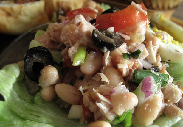 White Bean, Tuna And Tomato Salad Recipe - Food.com