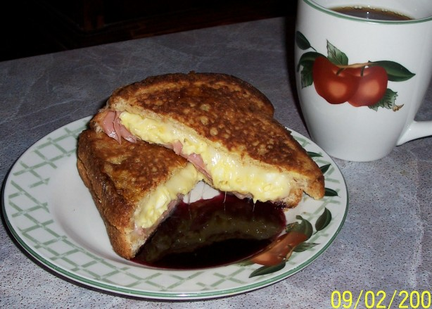 French Toast Breakfast Sandwich With Canadian Maple Syrup Recipe ...