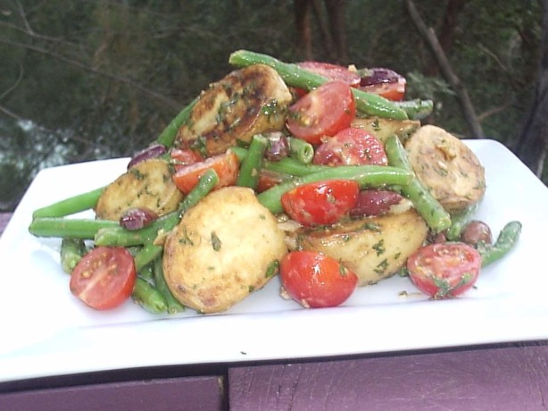 Grilled baby new potato salad with french green beans and mint recipe - Modern french cuisine recipes ...