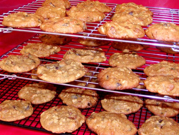 Pumpkin Oatmeal Drop Cookies Recipe - Baking.Food.com