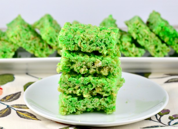St. Patrick's Day Dessert Recipes Shamrock cookies. Green-frosted cupcakes. Traditional Irish desserts. Find a sweet treat worth dancing a jig over.