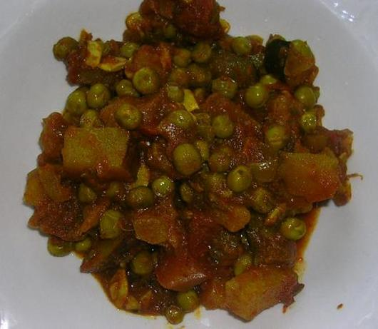 Potato And Pea Curry Recipe - Indian.Food.com