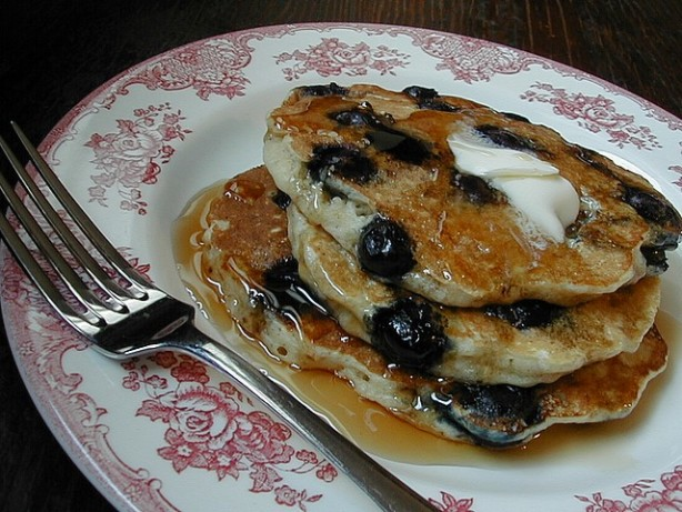 Blueberry Buttermilk Oatmeal Pancakes Recipe - Food.com