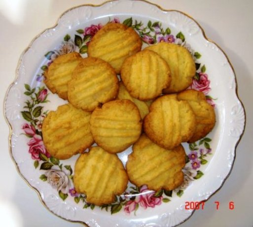 Glen's Coconut Biscuits Cookies) Recipe - Food.com