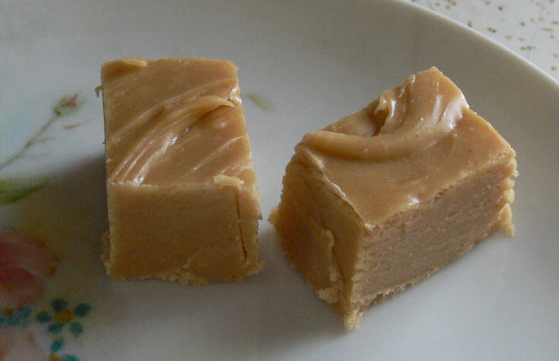 Easiest Peanut Butter Fudge Recipe - Food.com