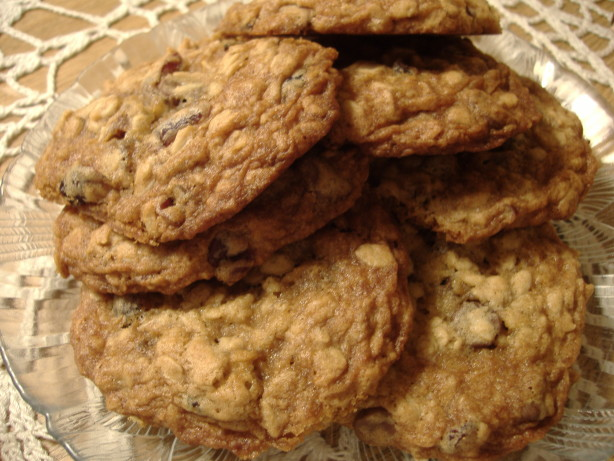 Chewy Cranberry Oatmeal Cookies Recipe - Baking.Food.com
