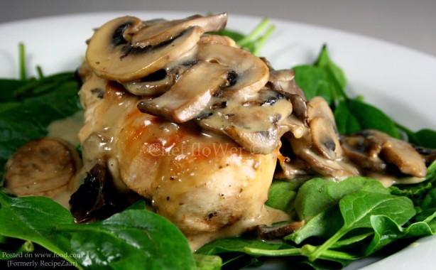 Chicken Breast With White Wine And Mushroom Cream Sauce Recipe ...