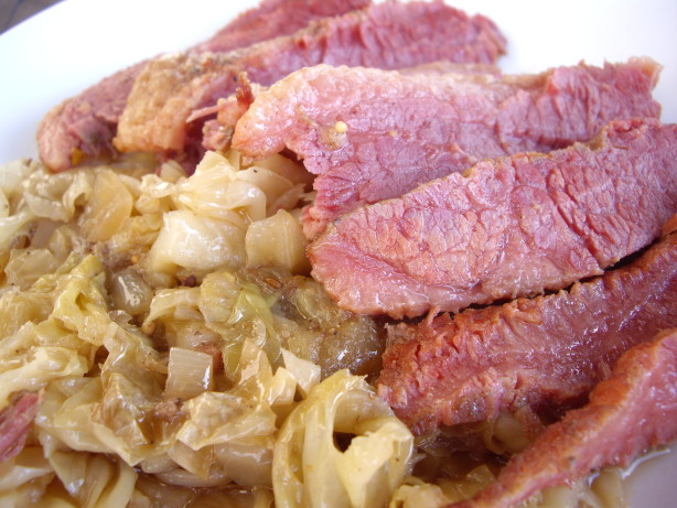 Slow Cooker Corned Beef And Cabbage Recipe - Food.com