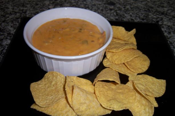 how to make nacho cheese with velveeta cheese