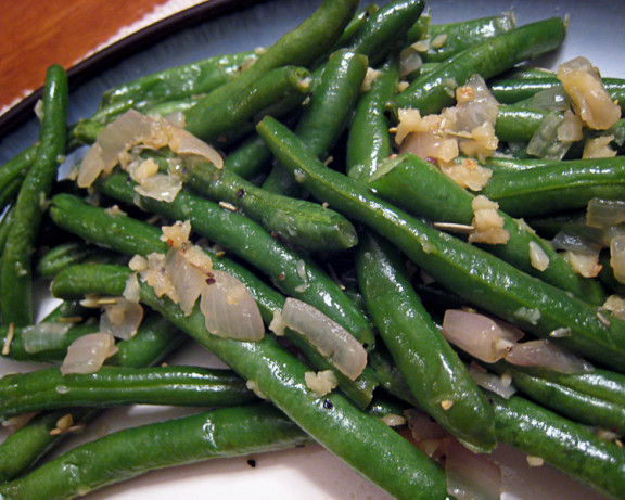 haricots verts with browned garlic recipe. Black Bedroom Furniture Sets. Home Design Ideas