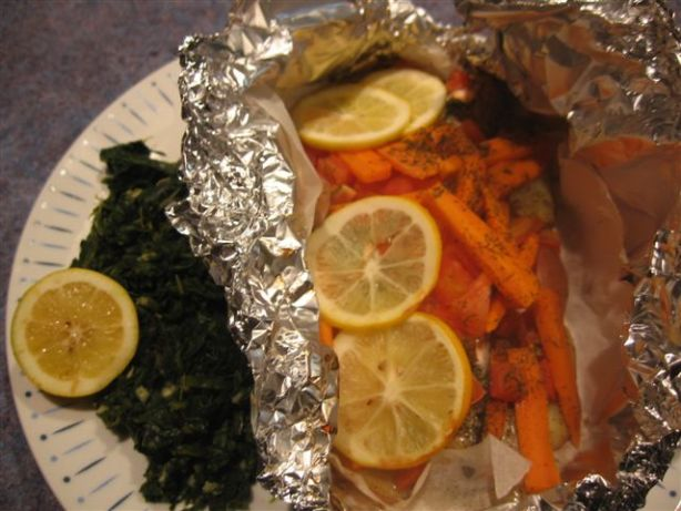how to cook salmon in the oven with parchment paper