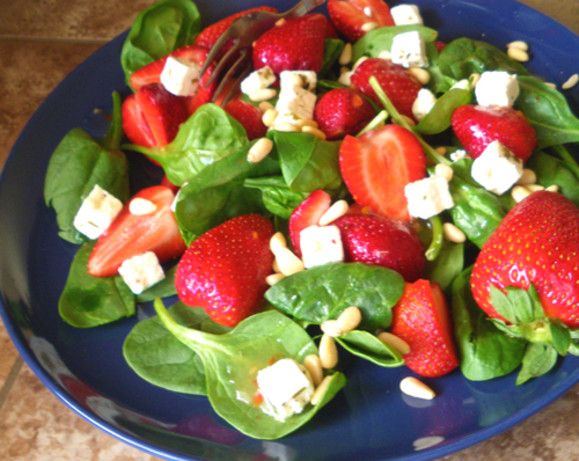 Spinach And Strawberry Salad With Feta Cheese And Balsamic