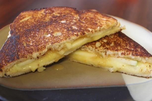 Apple-Cheddar Panini Recipe - Food.com