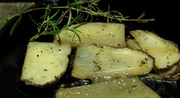 how to make greek lemon roasted potatoes