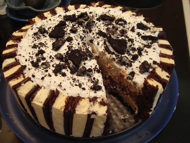 Ice Cream Cake Recipes Pictures : Layered Ice Cream Cake Recipe - Food.com