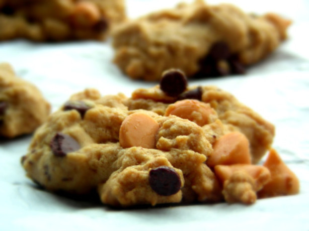 Easy Peanut Butter And Chocolate Chip Cookies Recipe - Food.com