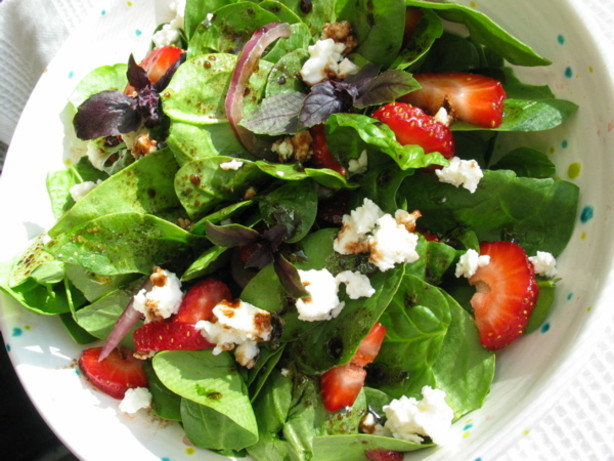 Spinach, Strawberry And Feta Salad Recipe - Food.com