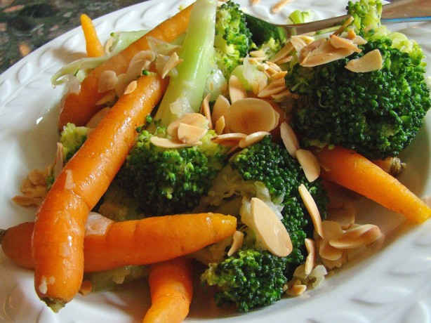 Baby carrots 'n' broccoli recipe